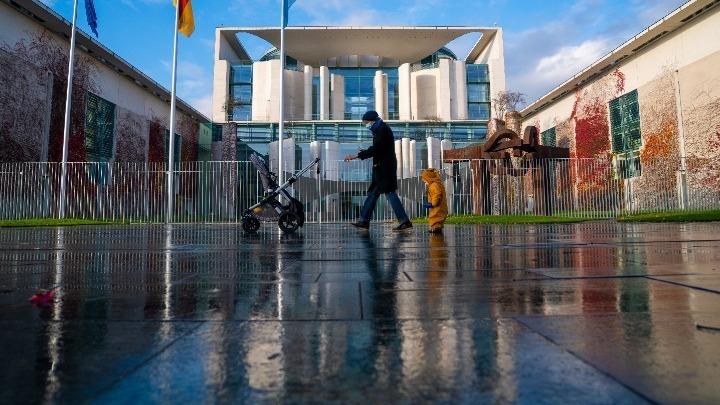 Tagesspiegel: Εξετάζεται η παράταση του lockdown στη Γερμανία μέχρι τα μέσα Ιουνίου