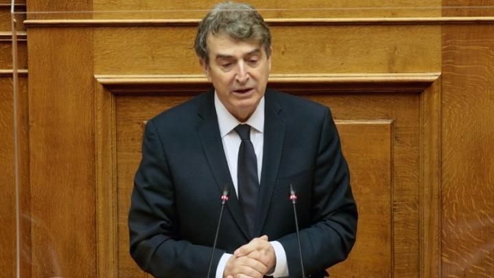 Μ.Χρυσοχοΐδης: Ποτέ δεν φύλαξαν 14 αστυνομικοί τον τηλεπαρουσιαστή