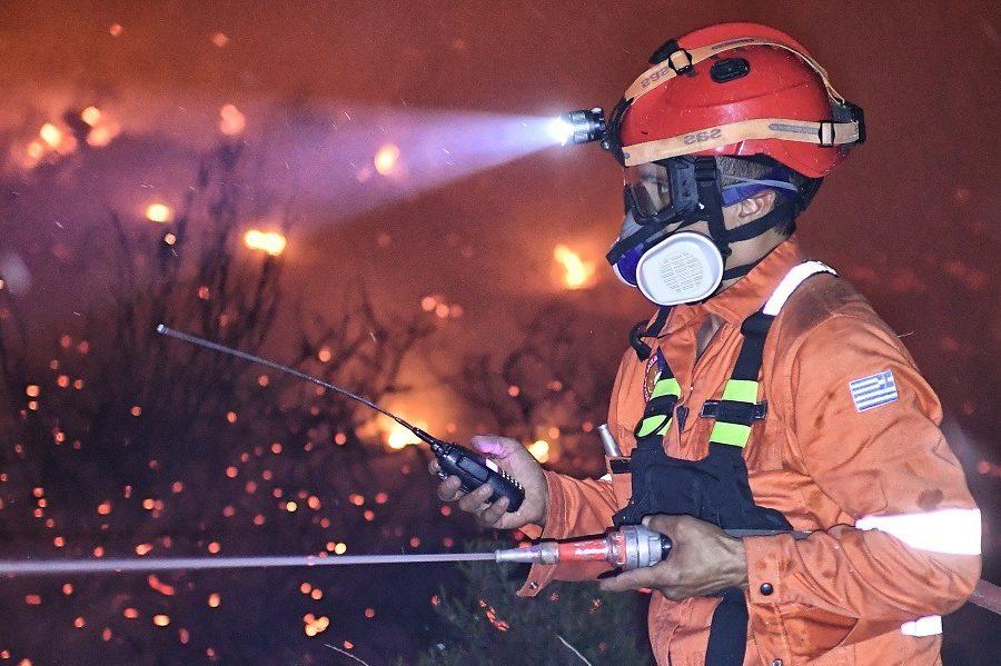 Αστεροσκοπείο: Θα αυξηθεί η ένταση των ανέμων απόψε στην περιοχή της φωτιάς
