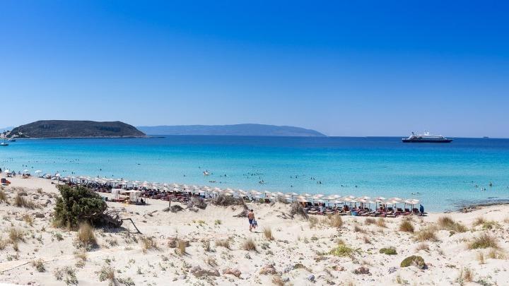Από τα τέλη Ιουνίου οι αυξημένες ροές τουριστών στην Ελλάδα