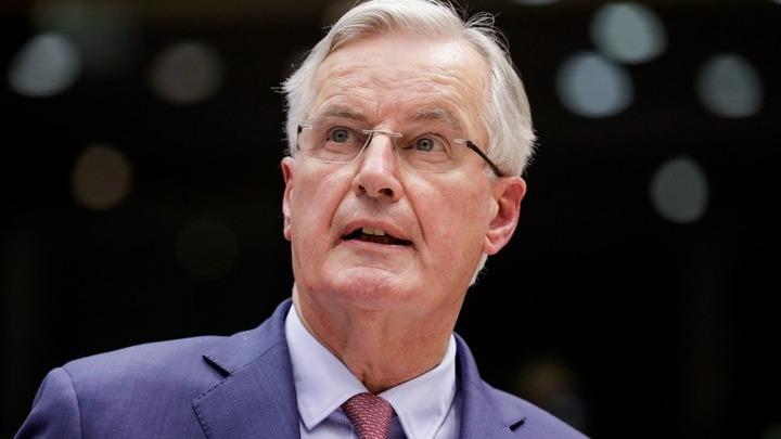 Μπαρνιέ  Μια αναβολή του Brexit θα πρέπει να αποφασιστεί ομόφωνα στη ... c5594a94530